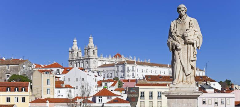 Alfama Lisbon (12)