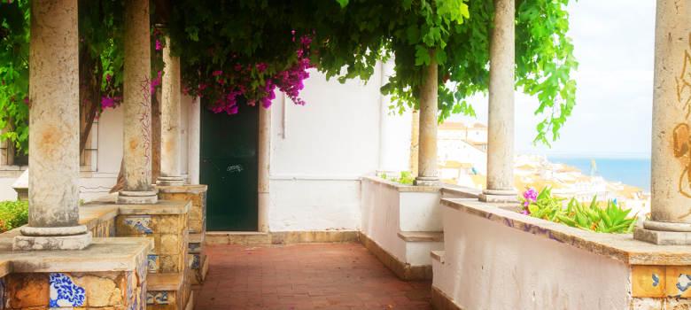 Alfama Lisbon (4)