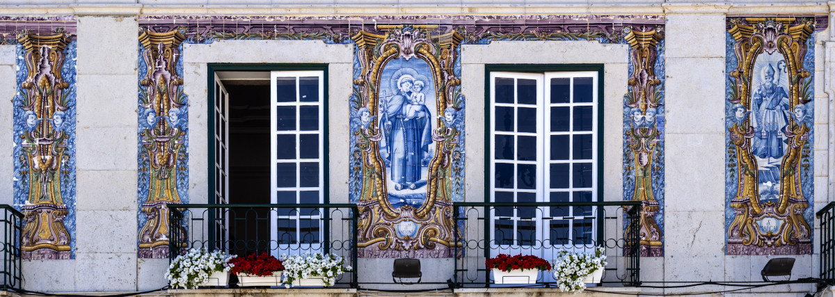 Cascais - August 14, 2019: Detail Of The Facade Of The Old Town